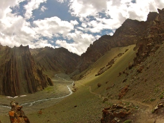 The view from one of the high passes on the way from camp 1 to base camp