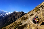 On the way to Pisang Base Camp