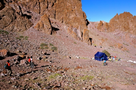 Approaching campsite on day 2.